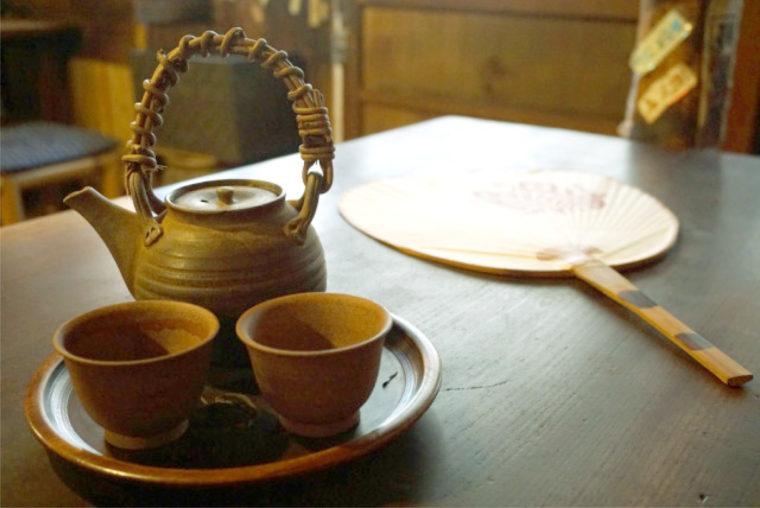 古くからクロモジの枝葉をお茶にして飲んできた福来茶